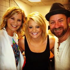Sugarland and Lauren Alaina  - Albany NY  Great concert in the pit!
