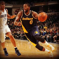 The @pacers bounced back with a home win over the Mavericks behind 28 pts from C.J. Miles. #Pacers #nba #basketball #baloncesto #deporte #sport