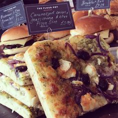 """@FlourPot_Bakery: It's #WorldMeatFreeDay today! Time for a caramelised onion, goats cheese and olive pizza slice.. """
