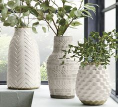 Hand formed on a potter's wheel, the Lati vase is handcrafted in the Philippines from locally sourced clay. Incised with alternating straight and inclined lines, the cream-glazed vase has a rustic, modern feel. Porcelain Ceramics, Ceramic Vase, Fine Porcelain, Porcelain Tiles, Porcelain Jewelry, Ceramic Decor, Glazed Ceramic, Pottery Vase, Ceramic Pottery