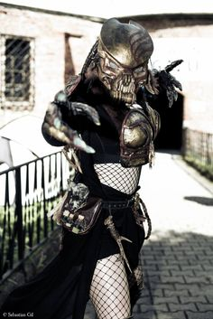 Dni Fantastyki 2016 Female Predator Cosplay
