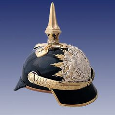 Bavaria: Colonel in position of a General pickelhaube, side view. Ww2 Uniforms, German Uniforms, Military Uniforms, Police Hat, Armours, World War One, Prussia, Violets, Military History
