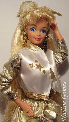 1992 HOLLYWOOD HAIR BARBIE DOLL