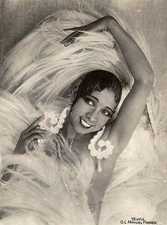 Joséphine Baker.