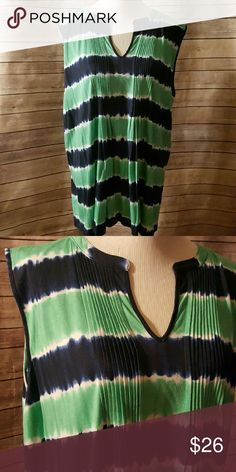   plus   tank   Plus size 3x.  Blue and green tie dye sleeveless top tank. Pleated front. Absolutely a great layering piece. Jones New York Tops