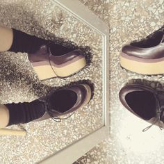 Silly feet in wooden wedges #mydebour