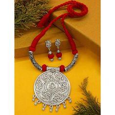 Thread Jewellery, Fabric Jewelry, Temple Jewellery, Bohemian Jewellery, Silver Jewellery, Antique Jewellery Designs, Handmade Jewelry Designs, Earrings Handmade, Jewelry Design Earrings