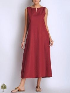 Dark Red Sleeveless Cotton Dress/Kurta by Jaypore Fancy Dress Shops, Fancy Dress Outfits, Casual Dresses, Fashion Dresses, Summer Dresses, Kurta Designs Women, Blouse Designs, Linen Dresses, Cotton Dresses