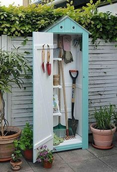 Billedresultat for nina ewald højbede Small Garden shed. Idea and Photo: Nina Ewald, www. Shed DIY - Jolie rangement pour le jardin. Now You Can Build ANY Shed In A Weekend Even If You've Zero Woodworking Experience! 3 Impressive Tricks Can Change Your L Outdoor Projects, Garden Projects, Garden Tools, Garden Sheds, Small Garden Tool Shed, Outdoor Decor, Planting Tools, Outdoor Living, Planting Plants