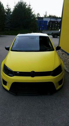 VW Golf R black and yellow Volkswagen Golf, Gti Vw, Scirocco Volkswagen, Mk6 Gti, Golf 7 Gti, Vw Golf R, Rwb Porsche, Carros Vw, Shelby Gt 500