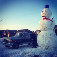 The Great Snowman Challenge - Windsor, Ontario. Photo by Alexander T. Windsor Ontario, True North, Snowmen, Challenges, Canada, Strong, Cool Stuff, Free, Cool Things