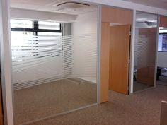 LizarDesign: Esmerilados en vidrios divisores de oficinas