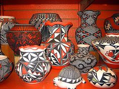 https://flic.kr/p/hg3QY   Acoma Pottery.