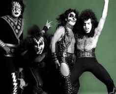 Ace Frehley, Gene Simmons, Peter Criss and Paul Stanley - www.hardrockhorror.com