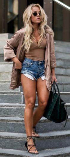 Mae! Esas piernas :o