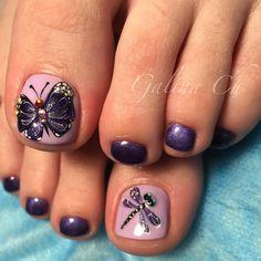 New Ideas For Unique Pedicure Designs Pretty Toes Cute Pedicure Designs, Toenail Art Designs, Pedicure Colors, Pedicure Nail Art, Toe Nail Art, Pedicure Ideas, Flower Pedicure, Nail Ideas, Pretty Toe Nails
