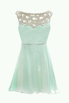 Light blue dress. Would be great for the races #mybetsonBetts