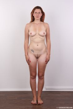 casting on naked woman
