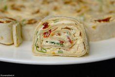 17 ideas for brunch recepten koud Vegetarian Wraps, Vegetarian Recepies, Tortilla Wraps, Tapas, Lunch Wraps, Healthy Brunch, Reception Food, Party Dishes, Happy Foods