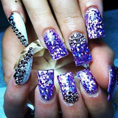 Love this purple nail Polish looks like diamonds