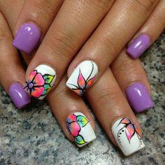 Neon floral purple and white nailart #nailart #nails #summer #purple #floral #neon #white