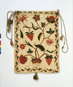 Crewel Embroidery Design workbag, 1701 linen with wool crewel embroidery - Workbag, (made). Embroidered workbag in crewel wool on a linen and cotton ground, England, dated 1701 and Museum Number Crewel Embroidery Kits, Learn Embroidery, Vintage Embroidery, Vintage Sewing, Embroidery Patterns, Embroidery Needles, Floral Embroidery, Seed Stitch, Cross Stitch