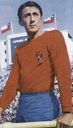 Leonardo Veliz of Union Espanola of Chile in Asmr, 1970s, Football, Sports, Style, Fashion, World, National Championship, Bicycle Kick