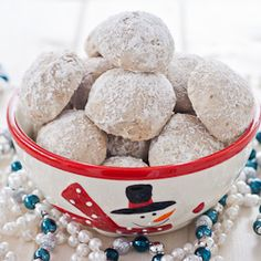 If you are a fan of pecans, you will love these cookies. They melt in your mouth. Ground pecans, butter, powdered sugar, yum! Together it's the perfect marriage, they work together to create magic in your mouth.
