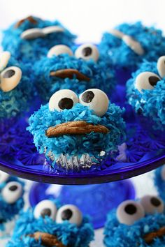 Had fun making these for Harrison's birthday, and he loved eating them. COOKIE MONSTER cupcake