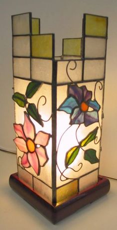 Stained Glass Lamp Shades, Stained Glass Light, Making Stained Glass, Stained Glass Crafts, Stained Glass Patterns, Stained Glass Windows, Vitromosaico Ideas, My Glass, Glass Etching