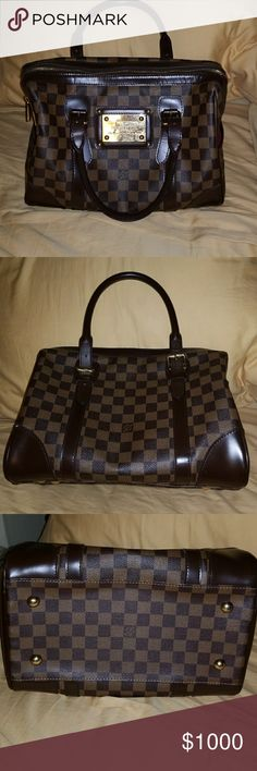Louis Vuitton damier handbag Awesome condition ..staining on the interior felt. Can be cleaned..duster included Louis Vuitton Bags Satchels