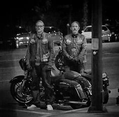 Sons of Anarchy, SAMCRO, SOA, bikers, brothers, family, great tv, Jax and Chibs, bike, wheels, portrait, photo b/w