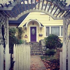 Classic little yellow house <3