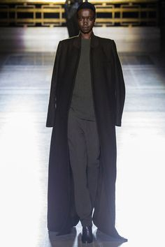 Haider Ackermann F/W 2014, oversize black coat, grey trousers, grey sweater
