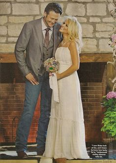 Blake Shelton and Miranda Lambert -- and her beautiful brooch bouquet by The Ritzy Rose