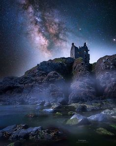 Milky Way over Dunskey Castle ruins, Scotland Scotland Castles, Scottish Castles, Beautiful Nature Scenes, Beautiful Forest, Photography Workshops, Landscape Photography, Mysterious Places, Castle Ruins, England And Scotland