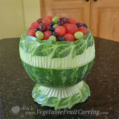 Evolution of a Leaf Pattern Watermelon Bowl by Nita Gill - - See how Nita Gill made started with a simple leaf pattern watermelon bowl and turned it into to an elegant watermelon bowl with pedestal base. Watermelon Carving Easy, Watermelon Fruit Bowls, Watermelon Basket, Fruit Salads, Watermelon Designs, Jello Salads, Carved Watermelon, Fruit Food, Fruit Kabobs