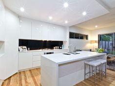Retro kitchen-living kitchen design using floorboards - Kitchen Photo 1567930