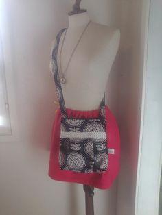 Asiakkaan omasta vanhasta laukusta syntyi uusi Ninan helmet mallin laukku