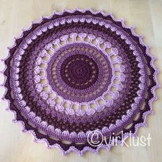 Ravelry: Cauliflower Mandala pattern by Karin Åshammar/Virklust Thread Crochet, Crochet Doilies, Crochet Yarn, Free Crochet, Crochet Afghans, Crochet Blankets, Crochet Stitches, Crochet Mandala Pattern, Crochet Flower Patterns