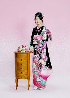 furisode (Long-sleeved kimono)