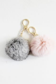 - Ultra soft faux fur key fob - Clip it your purse, keyring, or belt loop. This item is fluffy and versatile!