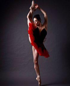 Maia Makhateli მაია მახათელი – Page 2 – Ballet: The Best Photographs Ballet Barre, Ballet Dancers, Ballet Shoes, Dance Photos, Dance Pictures, Hans Peter, Shall We Dance, Dance With You, Dance Art