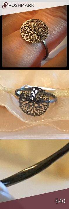 """🌟NWT:925 STERLING SILVER """"Circle of ❤️"""" RING 7.75 🌟NWT: """"Unity Circle of Love"""" Ring. 4 Clover ❤️s form a Circle of Love. Brand new. 925 STAMPED DARK STERLING SILVER RING. Brand new. Comes w ISO# Cert. Card (ISO#9001:2008), original box & bag from the world's largest, high-quality jeweler- """"Gems Gallery,"""" where everything is cut & hand-crafted right there.🌟Thailand is known for the best jewelry cutters in the world. I could only find one of these beauties in this unique dark silver.✨ Gems…"""