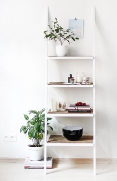 Shelving Unit Bookcase Stand Ladder, Wood and Metal, Industrial Design, Rustic And Industrial Reclaimed Barn Wood Furniture - Modern Leaning Bookshelf, White Bookshelves, White Shelves, White Ladder Shelf, White Shelving Unit, Shelving Units, Regal Design, Decoration Bedroom, Decor Room