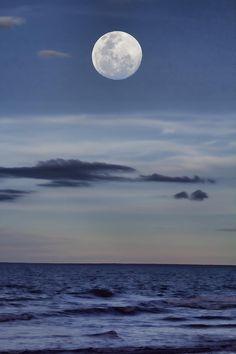 ✯ Ocean Moon