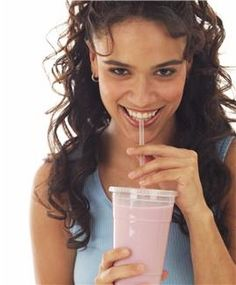 FREE e-Cookbook: Smoothies for Runners Smoothie Recipes} Healthy Smoothies, Smoothie Recipes, Running Diet, Slim Fast, Wood Bridge, Kids Events, Nutrition Education, Healthy Recipes, Free Recipes