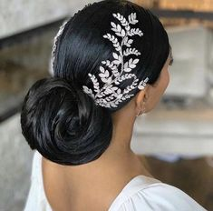 bridal headpiece 16 Little Girl Hairstyles Black Bridal headpiece Wedding Headband, Bridal Hair Vine, Wedding Hair And Makeup, Wedding Headdress, Black Brides Hairstyles, Bride Hairstyles, Hairstyle Ideas, Bangs Hairstyle, Short Hairstyle