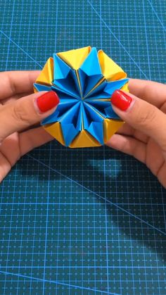 DIY Paper Toys That You Can Make with Your Kids – Herzlich willkommen Origami Toys, Paper Crafts Origami, Diy Origami, Diy Crafts Hacks, Diy Crafts For Kids, Fun Crafts, Kids Diy, Cool Paper Crafts, Paper Flowers Craft