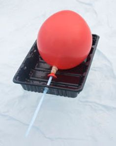 Use a balloon and a recycled plastic tray and make The Best Balloon Boat. Try it and see if you can make a boat that sinks or floats. Try different shapes to see which is the fastest. Make A Boat, Build Your Own Boat, Experiment, Kids Boat, Space Crafts For Kids, Sink Or Float, Boat Crafts, Kid Crafts, Easy Crafts